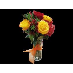 Florero de Rosas y Gerberas